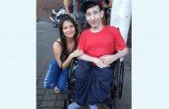 BINGULOSO CANCELADO: Felizmente Warlem já conseguiu a cadeira de rodas