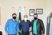 Prefeituras de Prados e Dores de Campos reivindicam manutenção em rodovia
