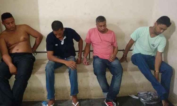 Os 4 bandidos presos na ação do supermercado