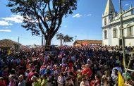 Multidão de fiéis lotou o Livramento neste fim de semana