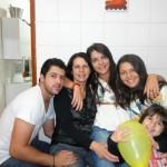 Roberta, Mariene, Flávio, Maria Clara e sua mãe Cida