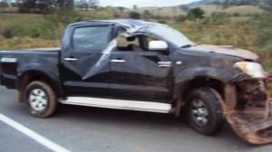 dalvan_cantor_sertanejo_acidente_foto_policia_rodoviaria_estadual_1