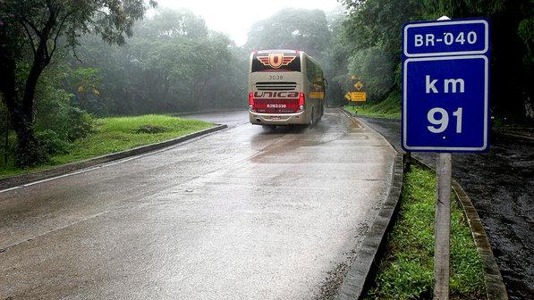 economia-estrada-rodovia-br-040-163-20131203-02-size-598