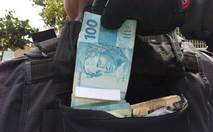 Dinheiro_6802