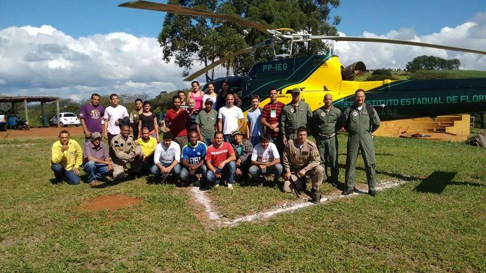 Treinamento de brigadistas feito pelo Previncêndio em parceria com o IEF em Prados 2015
