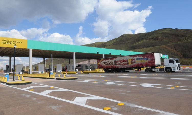 Transporte Rodoviario / Primeira praca de pedagio, que sera inaugurada amanha, na rodovia BR 040