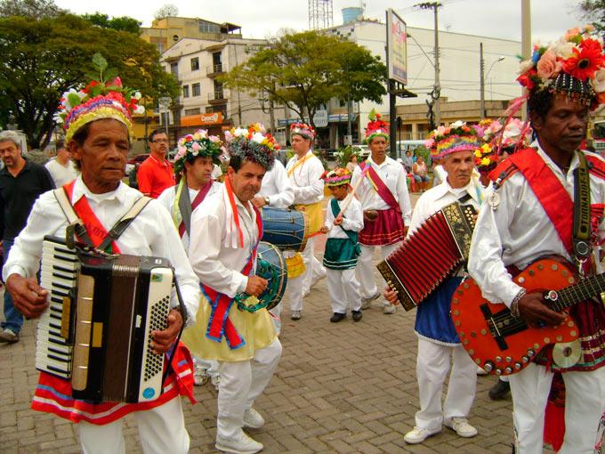 CONGADO-SGAmarante-SJDR-Festa-Divino-2011