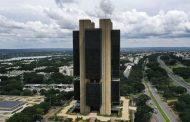 Com inflação em disparada, Banco Central aumenta novamente a taxa de juros no Brasil