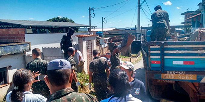 Após o levantamento de focos na cidade, equipe realizou mutirões nos bairros com maior incidência. Foto: Sec. Municipal de Saúde/Divulgação