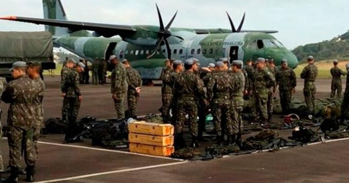 militares_embarcam_em_juiz_de_fora_para_o_espirito_santo-696x522