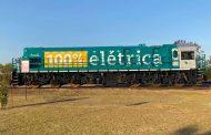 MADE IN MINAS UAI: Primeira locomotiva 100% elétrica da mineração brasileira começa a funcionar